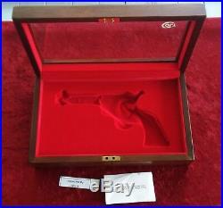 Colt SAA Presentation Case Walnut Wood Display Box Single Action Army Lock & Key