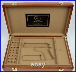 PISTOL GUN PRESENTATION CUSTOM DISPLAY CASE BOX for COLT COMBAT COMMANDER 9mm
