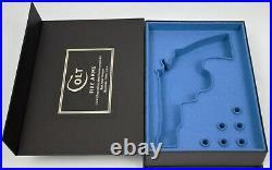 PISTOL GUN PRESENTATION CUSTOM DISPLAY CASE BOX for COLT TROOPER Mk III 4''. 357