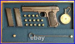 PISTOL GUN PRESENTATION CUSTOM DISPLAY CASE BOX for HUSQVARNA1907 Browning 1903