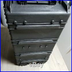 Pelican 1780 Transport Case with Foam Black Great Condition Gun Case
